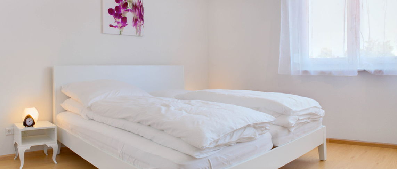חדר שינה בדירת 2 חדרים