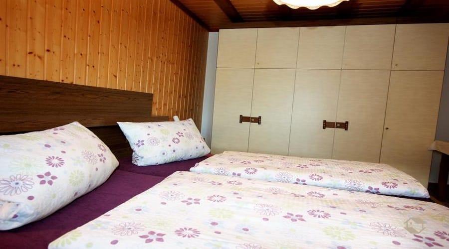 קרקע חדר שינה