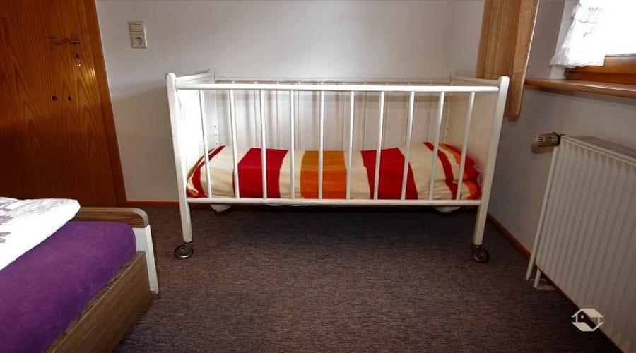 קרקע מיטת תינוק