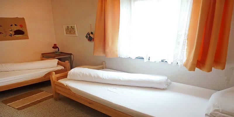 2 מיטות